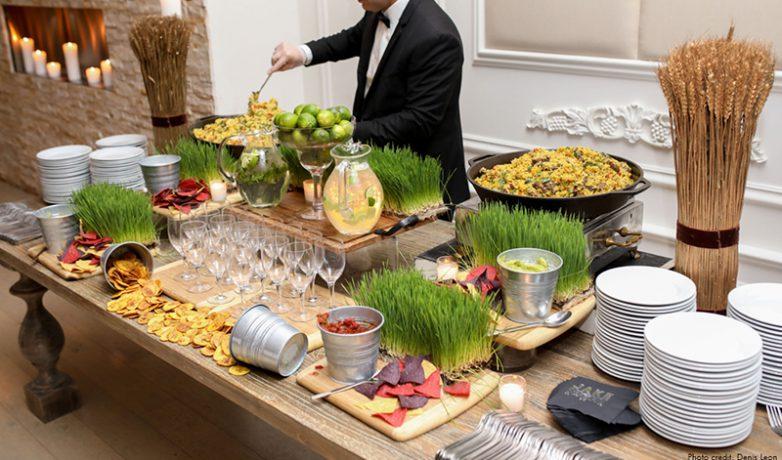 Food & service plate of food